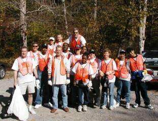 volunteer trash clean-up